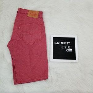 Vintage Mens Levis Rare Red Shorts Size 32